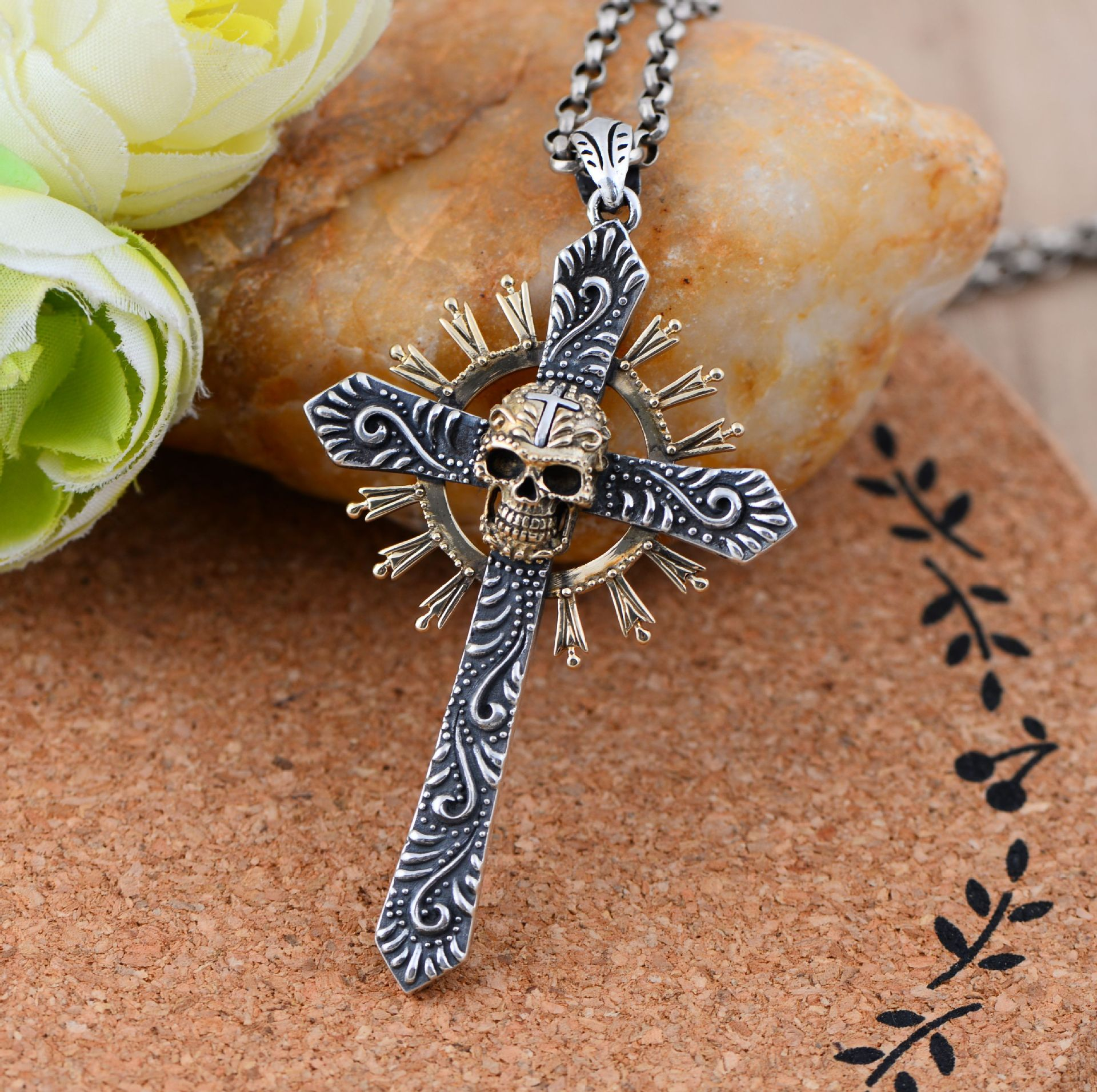 Black silver jewelry wholesale 925 Sterling Silver Thailand import Cross Skull Pendant 046730w men's personality(China (Mainland))