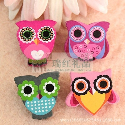 2014 Rushed Hijab Vintage Brooch Christmas 260 Pattern Meng Cute Owl Cartoon Pin Badge Wood College Corsage Brooch Wholesale(China (Mainland))