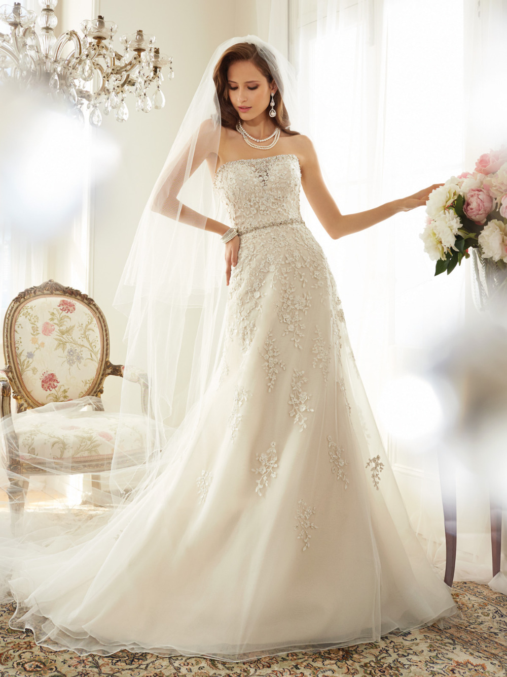 High fashion civil wedding dresses 2015 strapless lace for Organza a line wedding dress