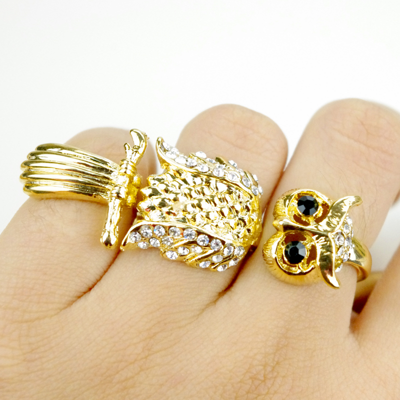 Promotion! Gold Plated Creative Owl Nighthawk Shape Three Fingers Rings With Crystal Rhinestone Women Female Cool Punk HZA058A(China (Mainland))