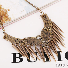 2015 Hot Statement Necklace Women s Vintage Luxury Rhinestone Rivets Punk Choker Short Chain Necklace Fine