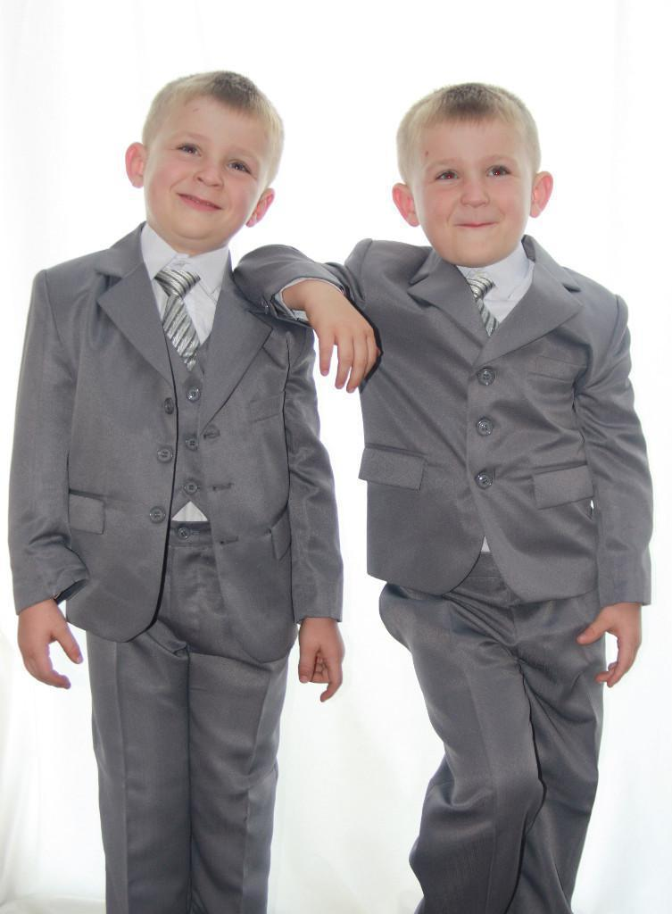 Boys Wedding Attire Children suits For Special Occasion Customized (Jacket+Pants++Vest+ Tie) Formal Dresses For Boys(China (Mainland))