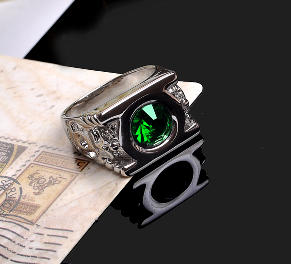 Aneis Emerald Anillos Ring Jewelry Justice League Green Lantern DC Anel De Ouro Emerald Rings For Men And Women(China (Mainland))