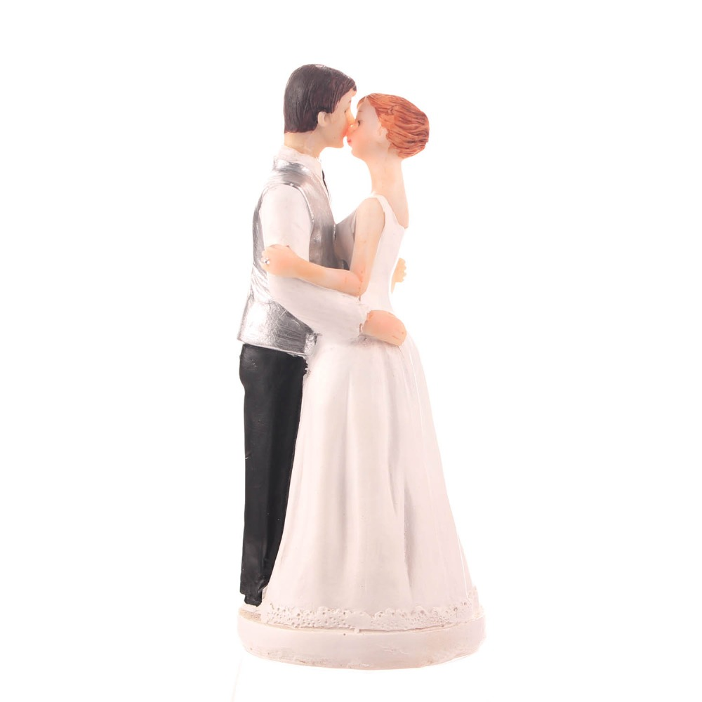"Free shipping 2016 ""Romance"" Kissing Couple Cake Topper Figurines resin craft Gift wedding cake topper for cake decoration(China (Mainland))"