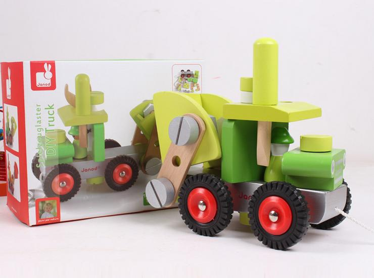 Free delivery, French JANOD the original single,wooden disassembly assembly tool,children split nut truck model toys,wooden toys(China (Mainland))