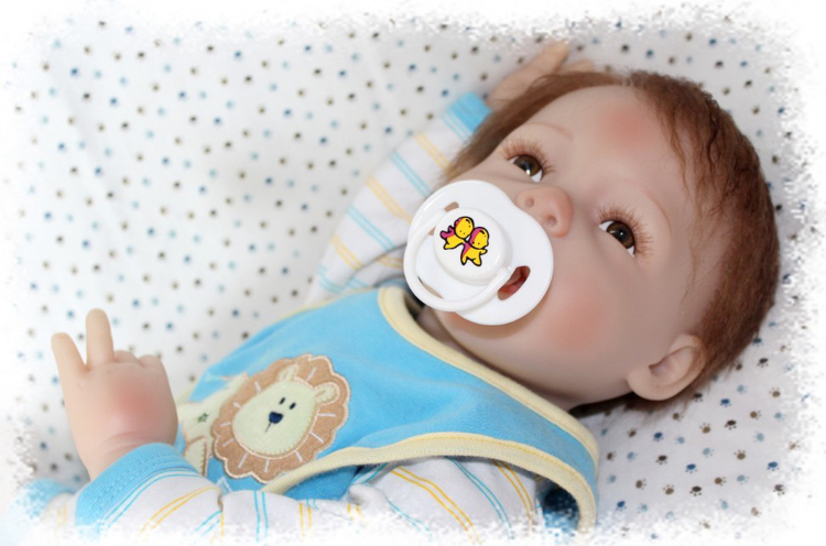 22inch 55cm Magnetic Mouth Lifelike Reborn Baby Doll Boy Soft Silicone Christmas Toy Gift for Children Blue Coat(China (Mainland))