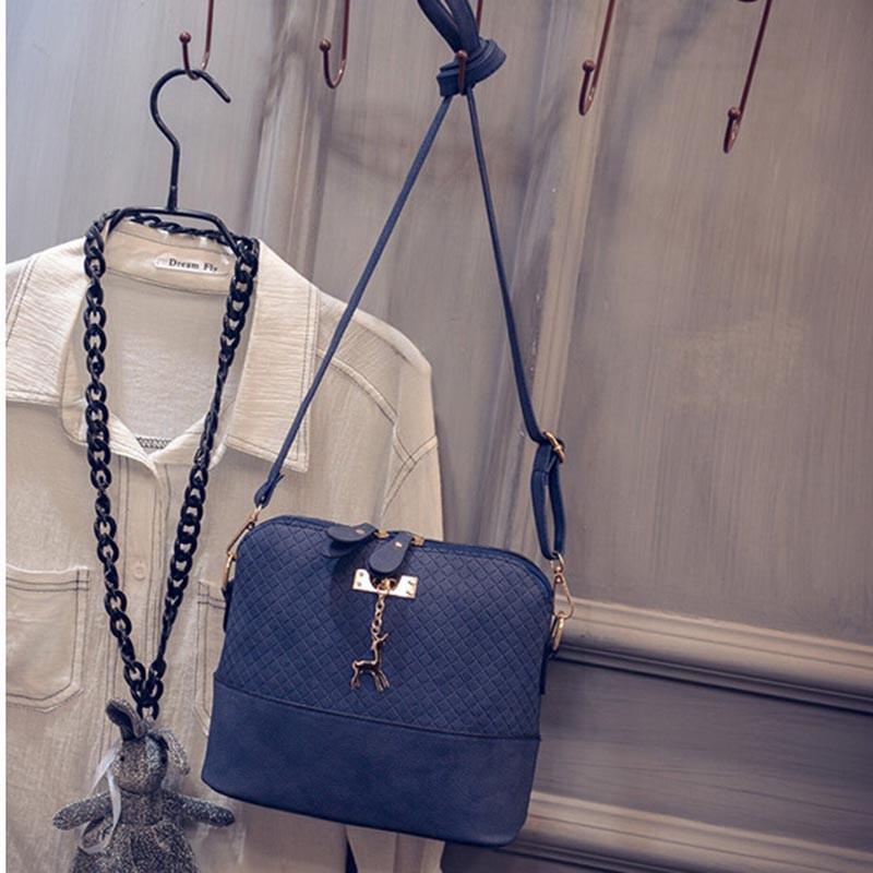 HOT-SALE-Women-Messenger-Bags-Fashion-Mini-Bag-With-Deer-Toy-Shell-Shape-Bag-Women-Shoulder (1)