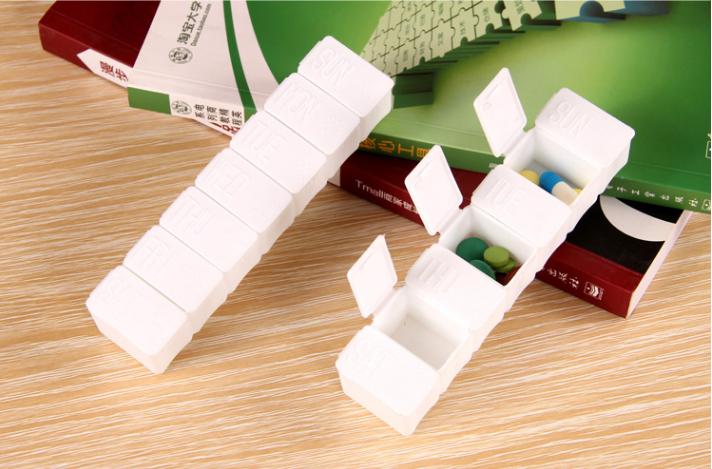 Free shipping 2pcs 2016 New Weekly Rotating Pillbox Travel Pill Case Pill Organizer Medicine Box Drugs Pill Container GYH(China (Mainland))