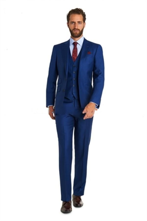 Slim fit Suits Take your tailoring in the sharpest cut with one of our slim fit suits. Offering the very best in contemporary craftsmanship and modern design, our SS18 fitted suits will ensure that you achieve a streamlined silhouette.