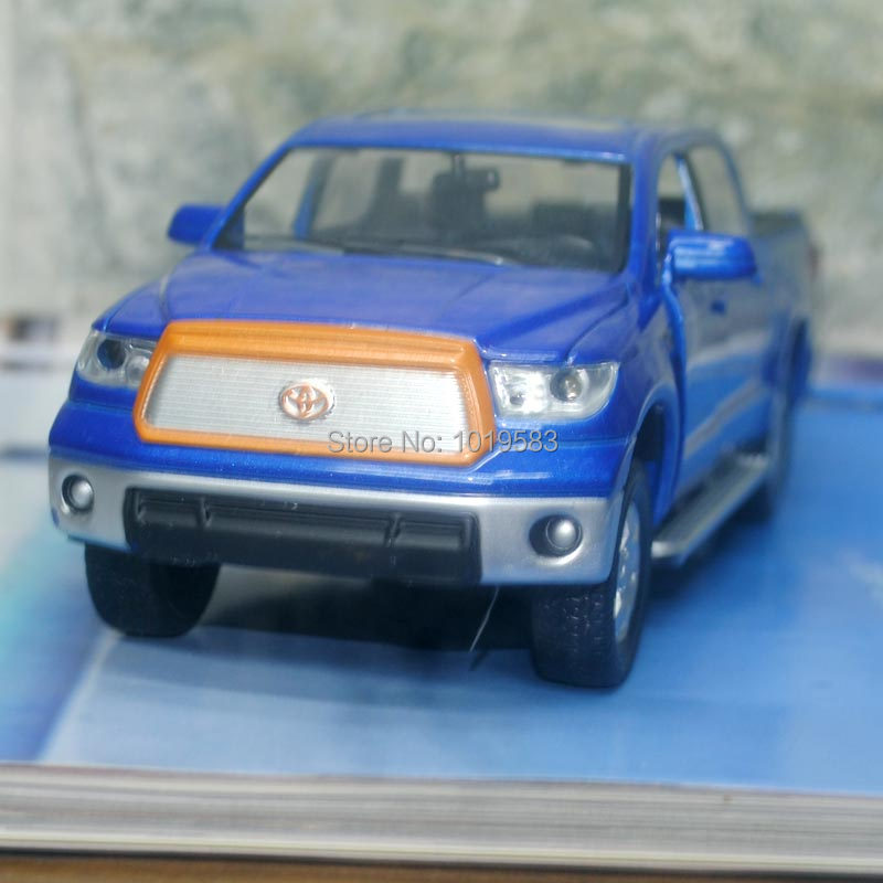 (5pcs/pack) Brand New 1/32 Scale Car Model Toys Toyota Tundra Pickup Truck Diecast Metal Pull Back Flashing Musical Car Toy<br><br>Aliexpress