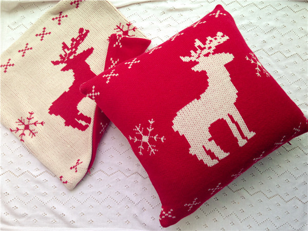 Reindeer Cushion Knitting Pattern : Double faced Christmas reindeer 100% acryllic knit cushion cover knitted pill...