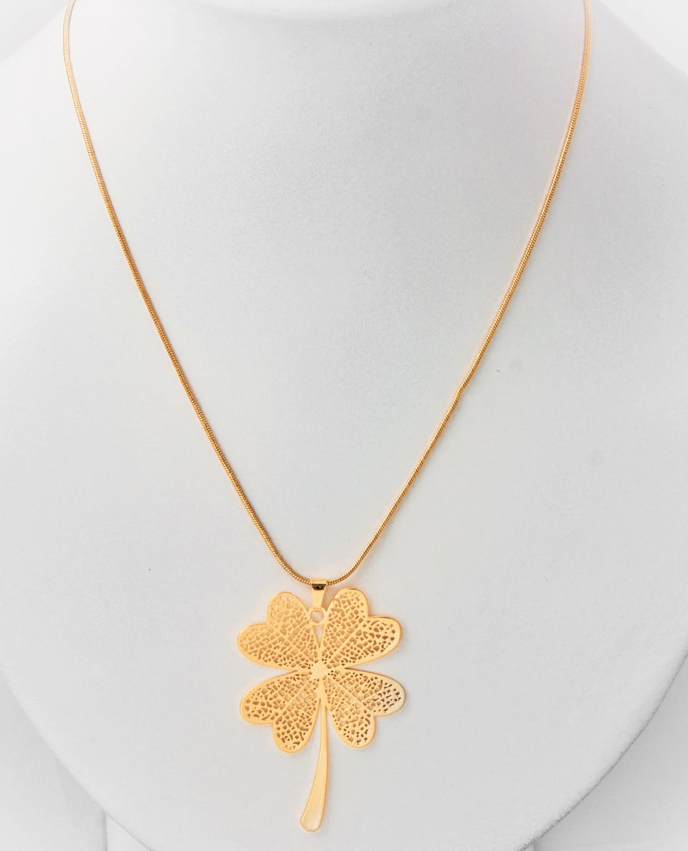 wholesale best quality luckly silver gold long gold neckless women fashion Four Leaf Clover pendant necklace(China (Mainland))