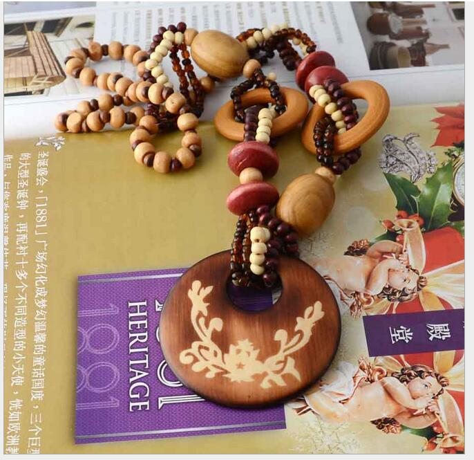 Bohemia fashion Insight Guides roundness flower clothes accessories necklace vintage nation wind Wooden sweater chain necklace(China (Mainland))