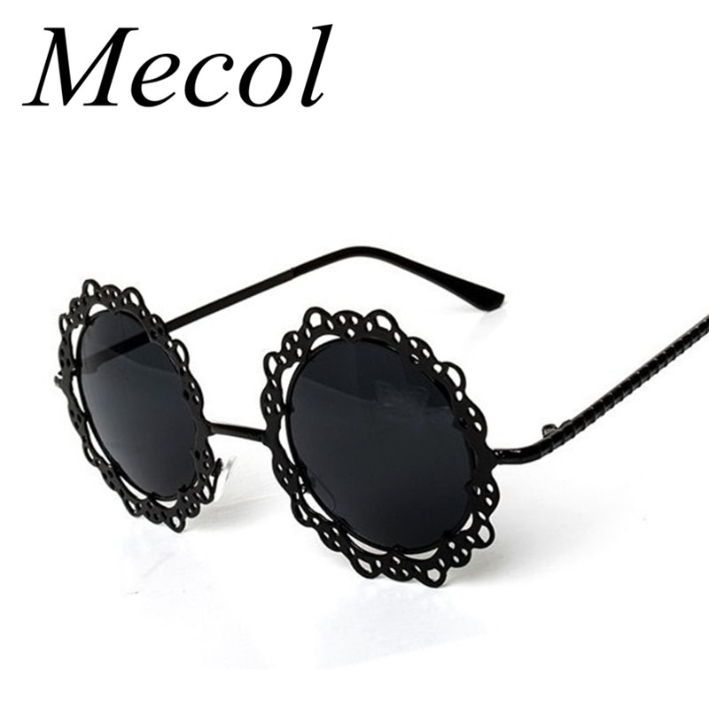 2016 New Fashion Lace Flower Design Pinhole Metal Hollow Out Round Sunglasses Women Vintage Retro Sun Glasses Oculos De Sol M022(China (Mainland))