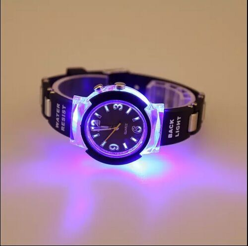 Creative New Fashion LED Luminous Colorful Lights Watch Men Cool Quartz Watch Sport Watches Hour montre homme relogio 5pcs(China (Mainland))