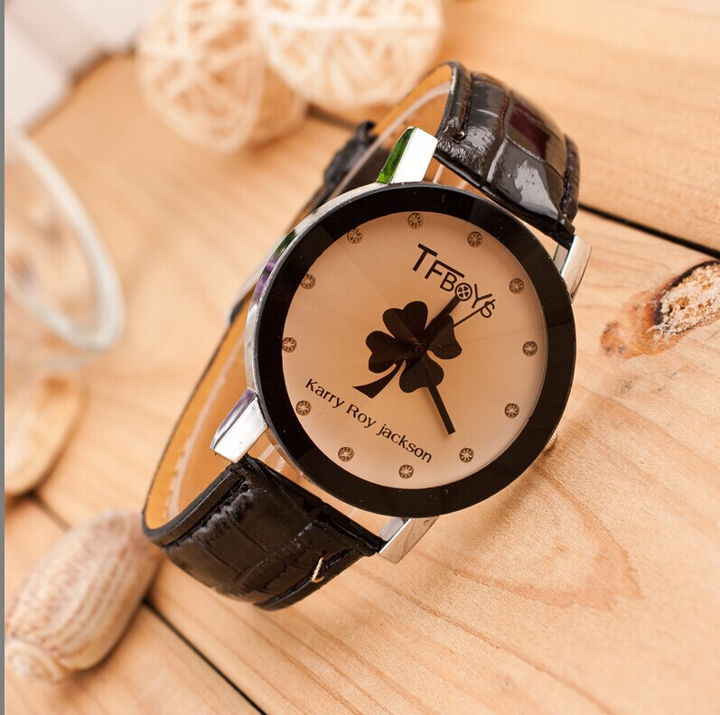 Promotion Lucky Clover Series Two Simple Fashion Style Women Casual Watch Leather Strap Quartz Wristwatches 2015 Free shipping(China (Mainland))