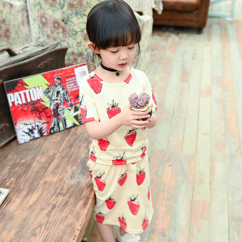 2016 INS Baby Store Baby Girl's T-shirt Tee + Skirt (2pcs/set) Print Strawberry Clothing Set 12M-5T(China (Mainland))