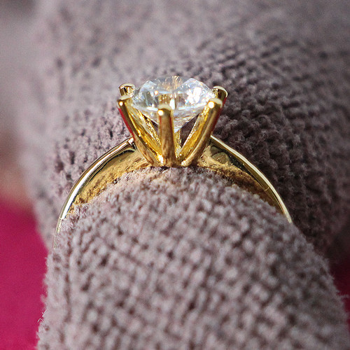 Graceful Ring 2CT Solid 24K Yellow Gold Plated Royal Crown Design 925 SONA Synthetic Diamond Propose Marriage Jewelry 925 Silver(China (Mainland))