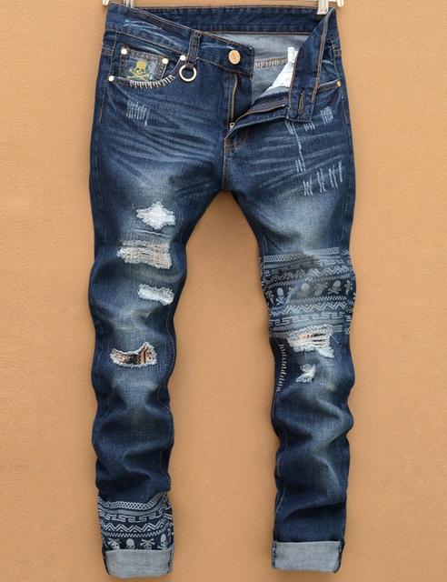 2016 новый разрыв джинсовые мужчины рваные джинсы хип-хоп череп головы прямо тонкий ...