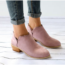 Kadın Martin çizmeler 2020 yeni varış yarım çizmeler kadınlar için Slip-on sığ patik dantel ayakkabı bayanlar kare topuklu artı boyutu 35-43(China)