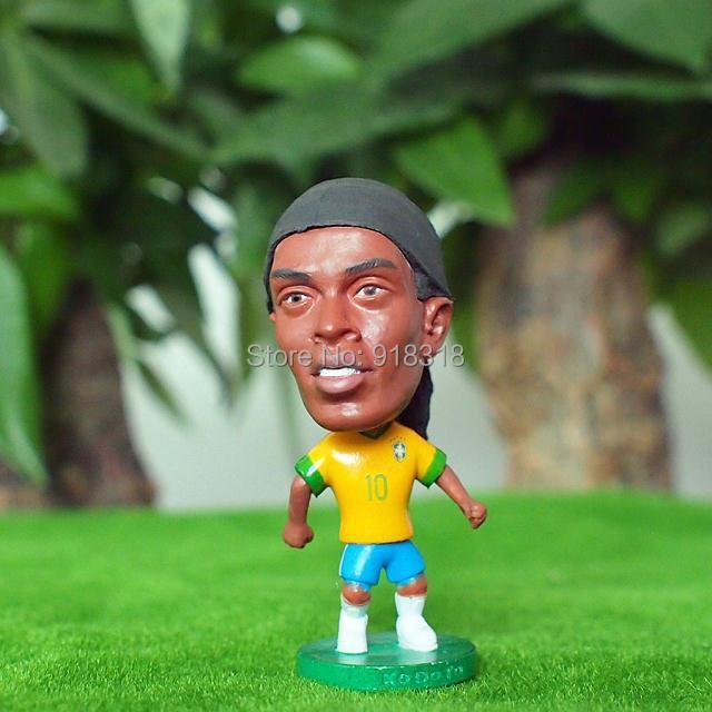 "Soccer Brazil Team 10# RONALDINHO (BRA) Classic Edition 2.5"" Toy Doll Figure(China (Mainland))"