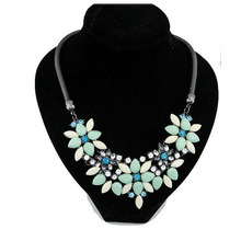 2015 Summer Jewelry Hot Necklaces Pendants Women Statement Necklace Colar Choker Necklace Resin Flower Pendant For