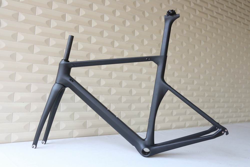 OEM products chinese carbon road bike frame aero 700c bicycle frame customized paint new rcarbon road frame(China (Mainland))