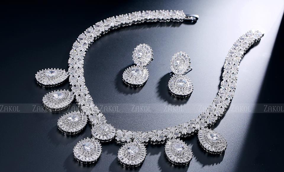 ZAKOL Роскошный Геометрическая Высокое Качество CZ Diamond White/18 К Позолоченные Женщины Ожерелье и Серьги Для Обручальных FSSP231