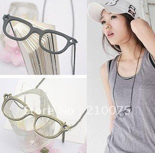 Fashion vintage glasses necklace Retro ancient neckless HOTSALE sport style three color sweater chain long Pendant NecklaceE4321