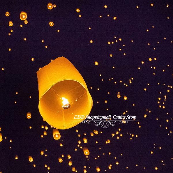 Free shipping 4pcs/lot Chinese kongming lanterns,Christmas SKY Balloon Kongming wishing Lanterns Flying Light Halloween Lights(China (Mainland))