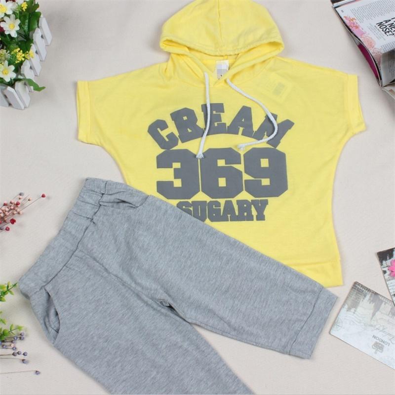 Fashion Girls Boys Clothing Sets Baby Summer Cream 369 Short Sleeve Hoodies+Pants Kids Sport Suits 2pcs Set Childrens Clothes(China (Mainland))