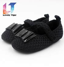 2015 New fashion black pring/Autumn 0-18 months 11cm 12cm 13cm First walkers Newborn Baby shoes girls S29 free shipping S29(China (Mainland))