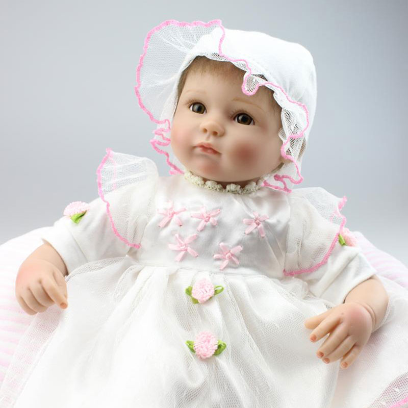 Фотография UCanaan New 40-45cm Handmade Soft Body Silicone Reborn Baby Doll Fashion Baby Toys Best Gifts to Child Toddler Toy Baby Reborn