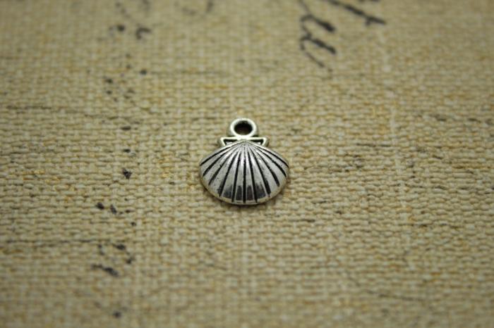 25pcs--Seashell Charms, Antique Tibetan Silver Ocean Themed 3D Shell pendants/charms 13x10mm(China (Mainland))