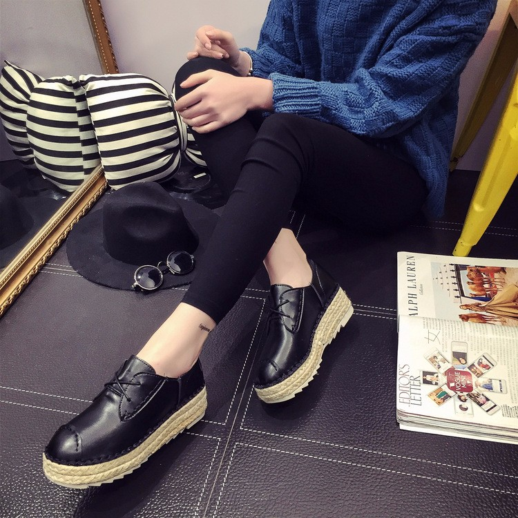 2016 New Spring Fall Fashion Flat Women Loafers Shoes Platform A Pedal Lazy Female Single Shoes Black White Sliver XM3.5