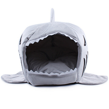 2016 2 Size Pet Products Warm Soft Dog House Pet Sleeping Bag Shark Dog Kennel Cat Bed Cat House cama perro(China (Mainland))