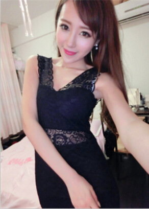 The model took 2015 summer new lace making nightclub sexy sleeveless V package hip dress 0513(China (Mainland))