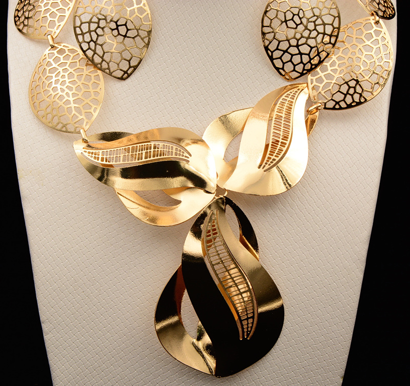 Wedding Gift List Dubai : 2017 MUKUN Dubai Jewelry Sets Bridal Gift Nigerian wedding accessories ...
