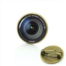 TAFREE Fotografia obiettivo della fotocamera spille DSLR Lenti di Arte Immagine di Vetro Cabochon Cupola d'epoca Popolari delle donne degli uomini di Lusso Spilli T371(China)