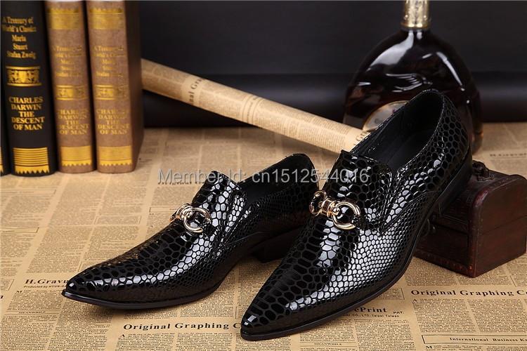 New Brand Men Italian Dress Shoes Wedding Dress Sapatos Femininos Men Formal Shoes Black Stripe Men Genuine Leather Shoes 38-46(China (Mainland))