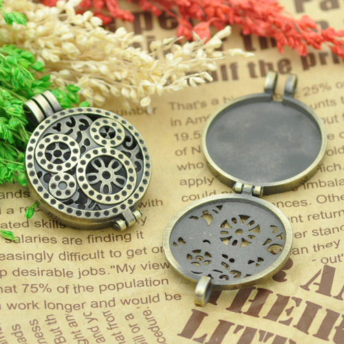 Wholesale 33mm Round Vintage Photo Pendant Hollow Locket Necklace Pendant Floating Charm Pendant Blank Tray Jewelry Making Open(China (Mainland))