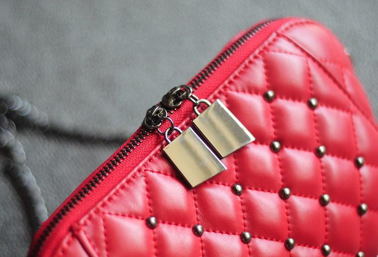 Genuine Leather Mini Shell Bag Women Messenger Bag Diamond Quilted Lambskin Leather Shoulder Bag Fashion Rivet Crossbody Bag