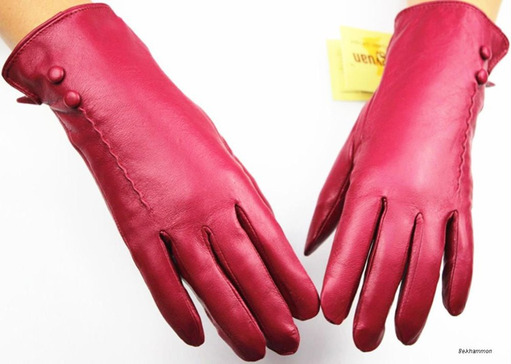 The new Sapphire brown leather gloves Ms. autumn and winter warm gloves cashmere factory direct special(China (Mainland))