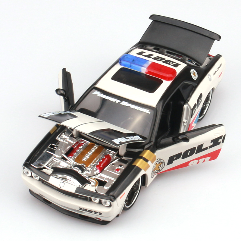 Wholesale 3pcs/pack MAISTO 1/24 Scale Police Edition USA Dodge Challenger SRT Diecast Metal Car Model Toy New In Box(China (Mainland))