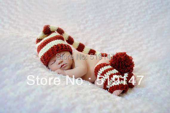 Free shipping new Christmas stripe style baby hat and socks handmade crochet photography props newborn baby cap and socks(China (Mainland))