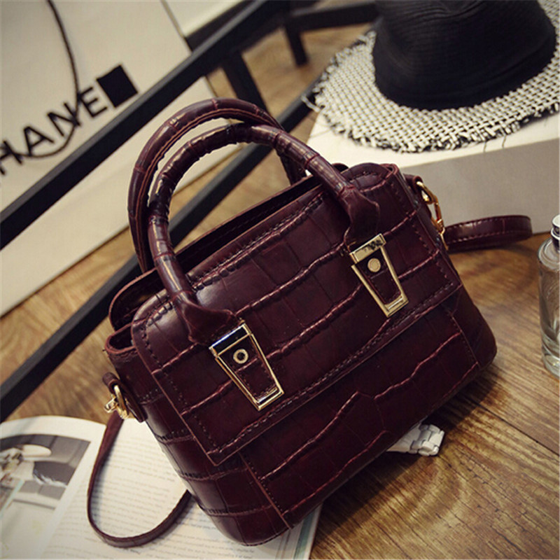 hot selling 2016 Women's leather handbags Shell shape package female messenger bags Retro crocodile handbags lc097(China (Mainland))