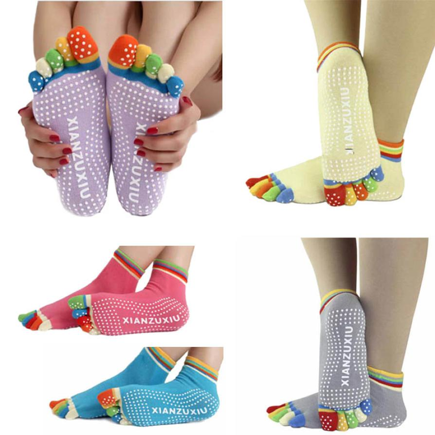 Гаджет  New High Quality Socks 5 Toes Cotton Socks Exercise Sports Pilates Massage Sock Yoga Gym Non Slip Massage Toe Socks lowest Price None Спорт и развлечения