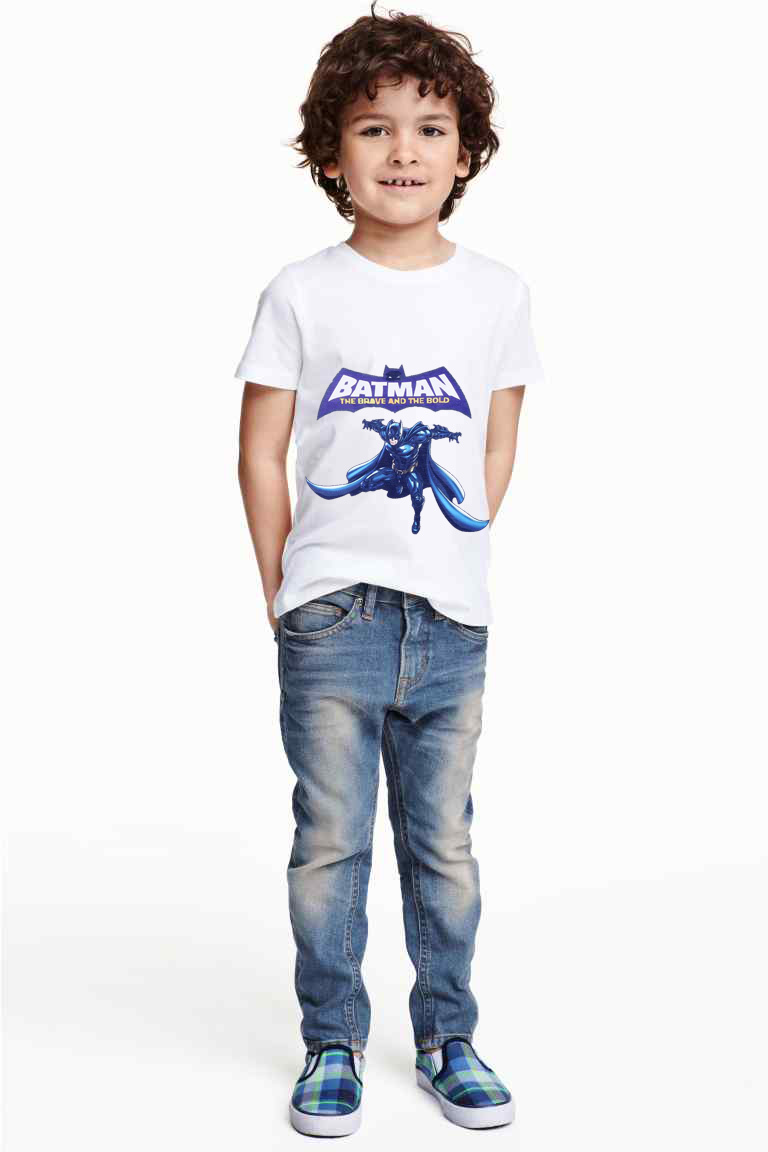 Childrenswear Sale Boohoo's childrenswear sale is one not to miss – with party wear including girls' dresses and boys' suits, nightwear and casual wear included. Complete your little ones' wardrobes without breaking the bank.