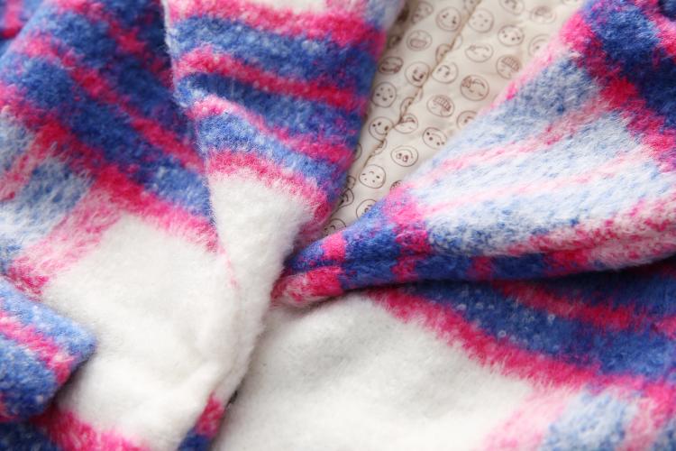 Скидки на Детские ткань пальто 2016 детей хан издание новая зимняя девушка детская одежда сетки пальто вес-7218