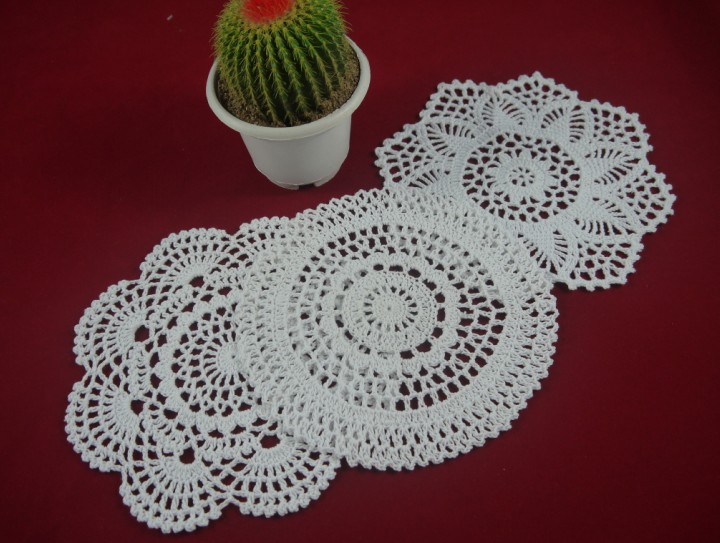 Vintage Handmade Crocheted Doilies Placemats Flower cotton cup porcelain vase pad pad tablecloth 30PCS/LOT Physical picture 100%(China (Mainland))
